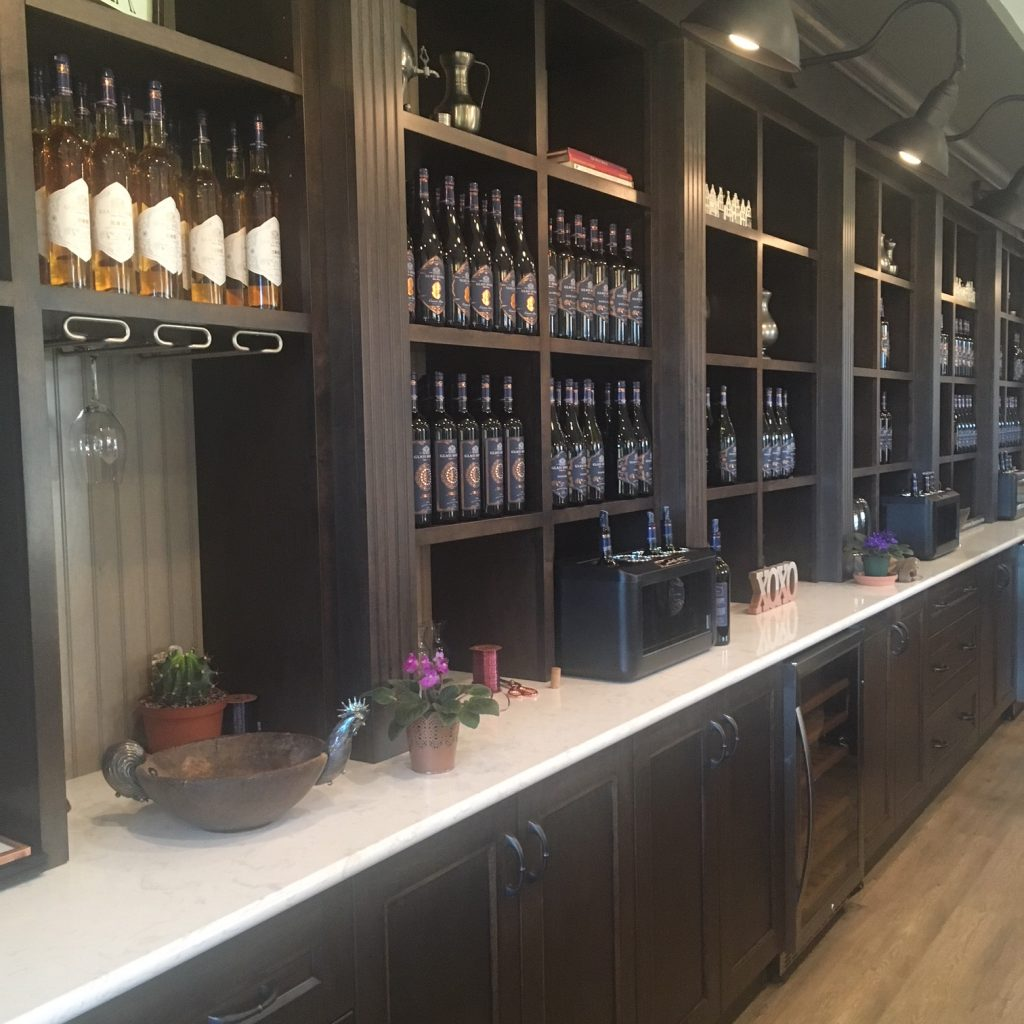 Glass House Estate Winery tasting bar