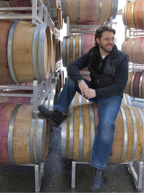 Photo: www.mashumashu.com Jason Priestley - Celebrity Wines